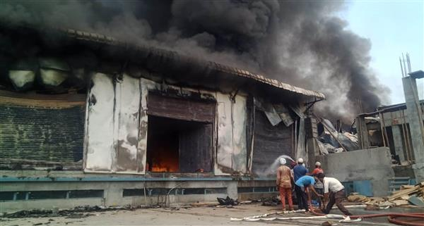 300 workers rescued from fire at dry fruit packaging factory in Amritsar