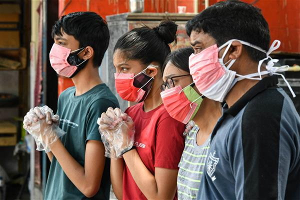 India sees dip in Covid infections, records 3.66-lakh cases, 3,754 deaths