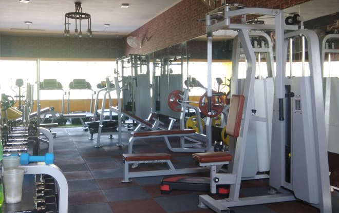 Gym owners, hoteliers stage protest in Bathinda demanding they be allowed to open