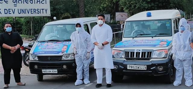 NSUI hands over 15 ambulances to Amritsar admn