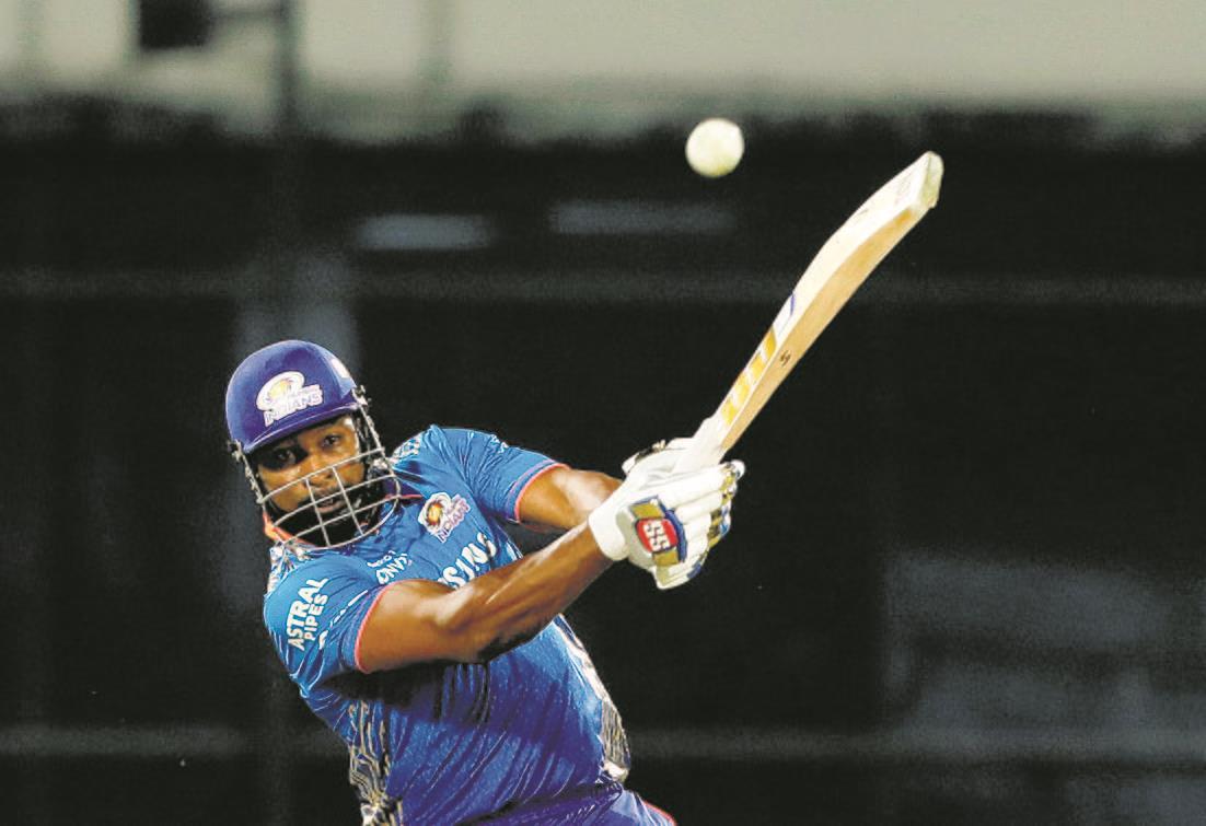 Kieron Pollard's sixer spree wins  it for Mumbai Indians