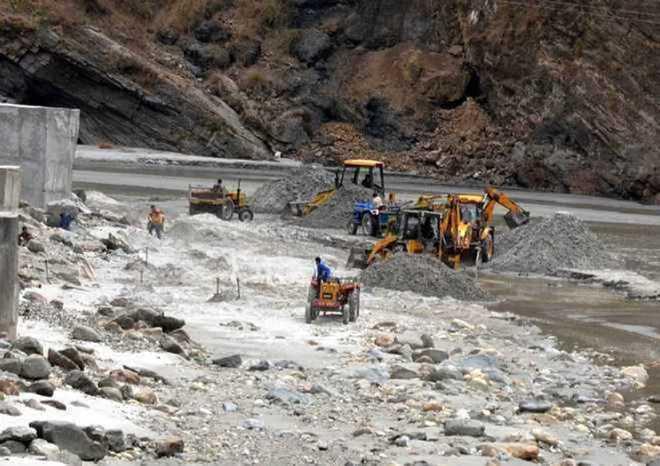 Row over 'goonda tax', Himachal blames Punjab