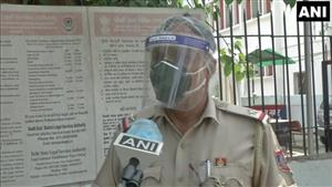 Video: Delhi Police ASI postpones daughter's marriage, helps over 1,100 people perform Covid cremations