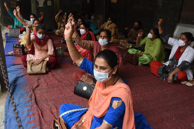 NHM employees observe strike