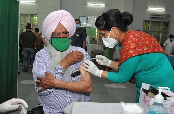 Punjab short of supply, vaccination pace slackens