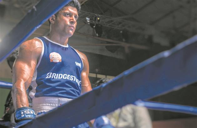 Release of Farhan Akhtar's Toofaan postponed due to Covid crisis