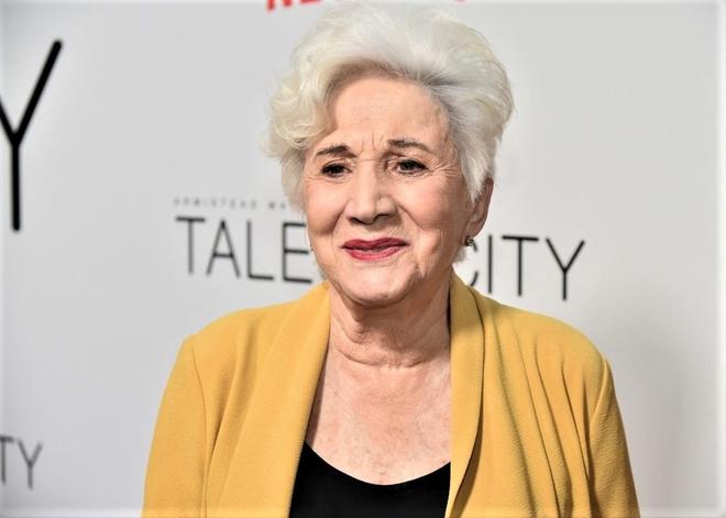 Oscar-winning actress Olympia Dukakis passes away