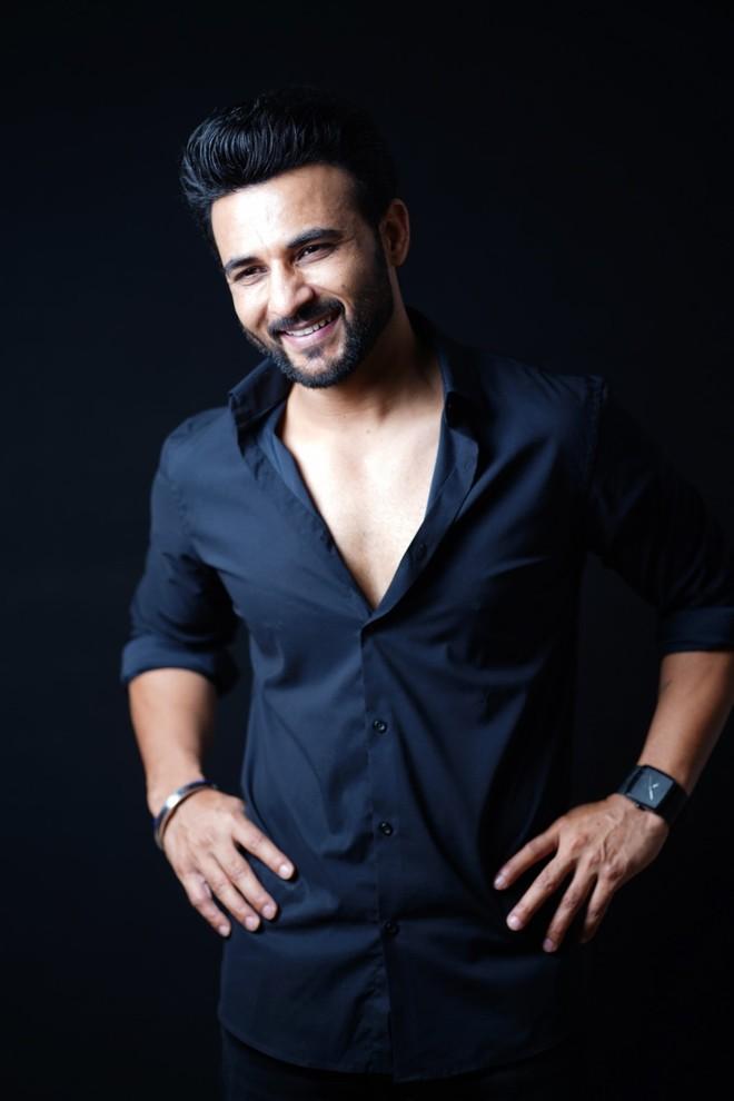 पंजाबी गायक-अभिनेता हरीश वर्मा का मानना है कि सोशल मीडिया समय की जरूरत बन गया है