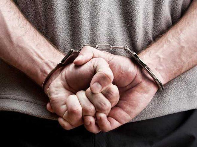 Woman among five arrested for 'drug peddling'