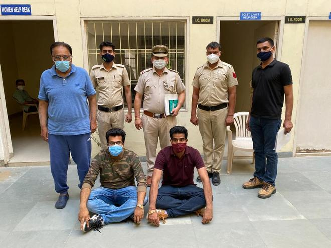 RTI activist, two sons held for Rs 15-cr fraud in Gurugram