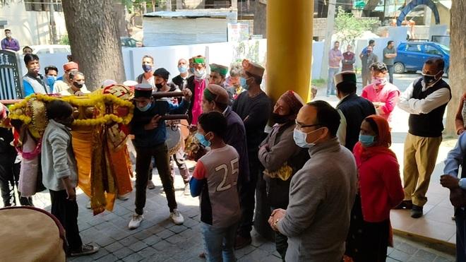 Temple closure in Kullu resented