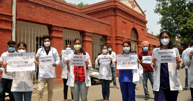 Rs15K stipend: MBBS interns caught amid official apathy, raging virus