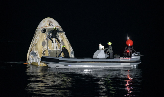 4 astronauts return from space station aboard SpaceX capsule