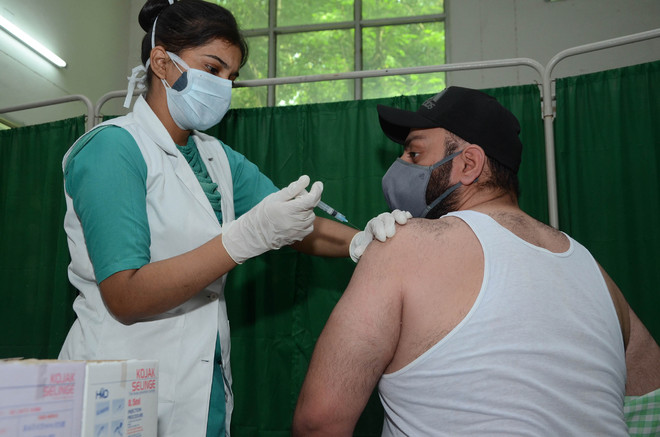 18-plus drive deferred, Jalandhar district flags acute shortage of vaccine