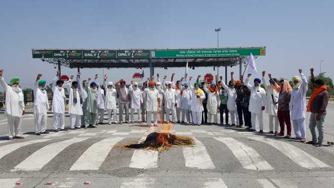 Kisan Mazdoor Sangharsh Committee condemns lathi-charge on protesting farmers in Haryana