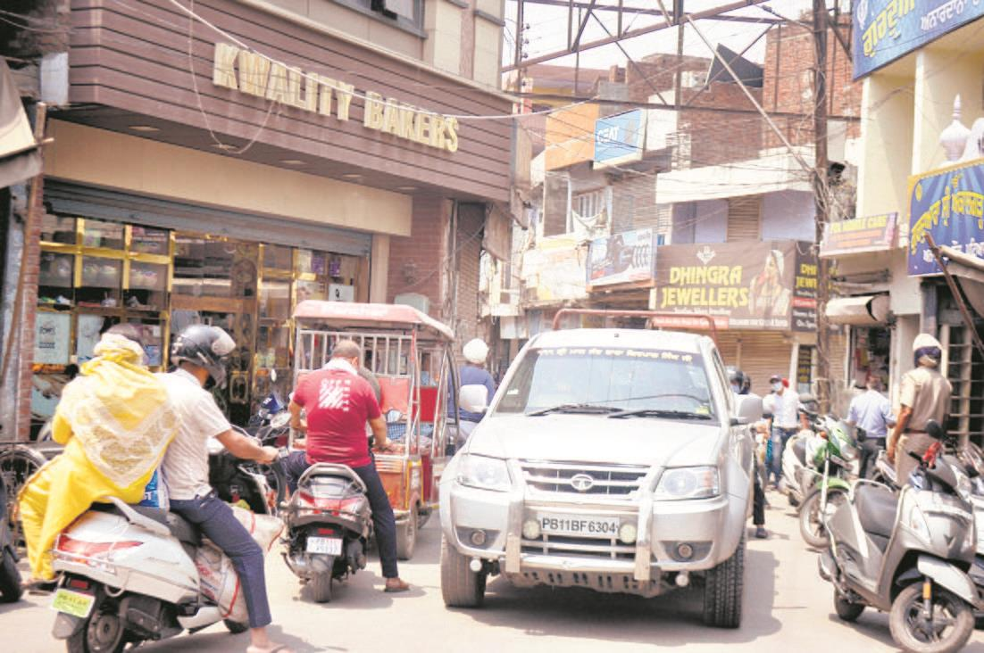 Patiala residents continue to flout lockdown norms with impunity