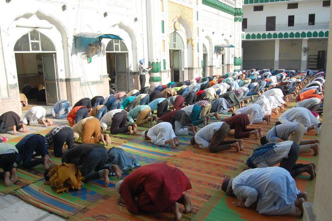 Amritsar witnesses subdued Eid-ul-Fitr celebrations