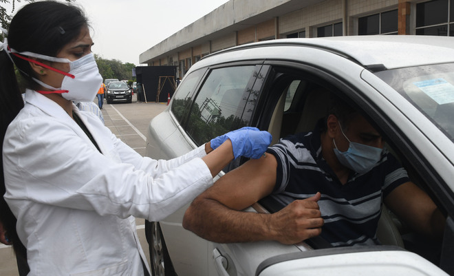 640 take the vaccine at two drive-through sites