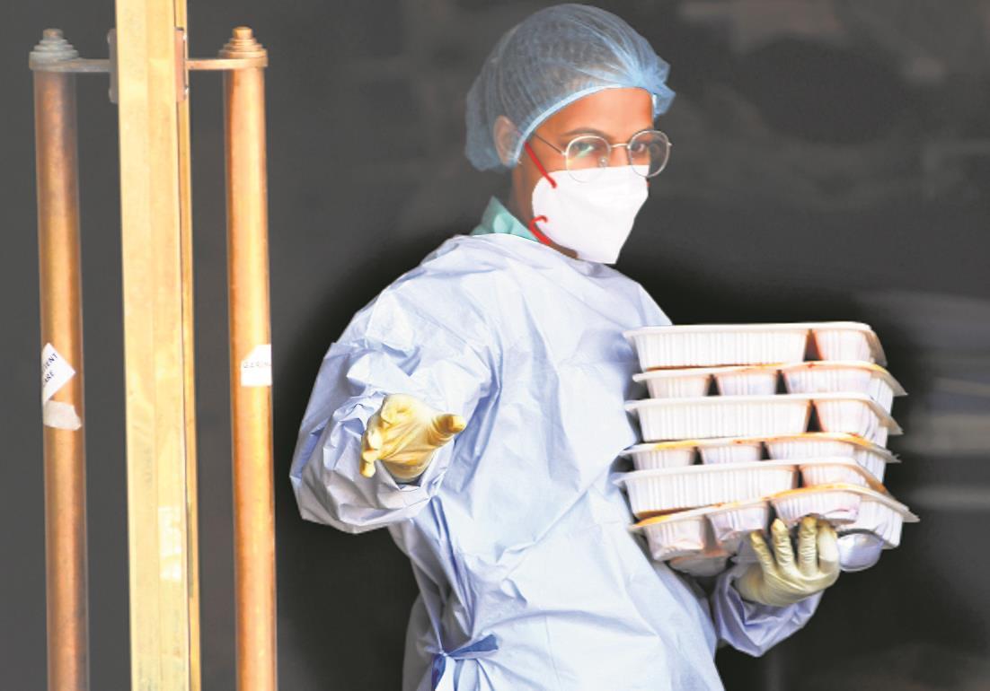 Quarantine if symptoms appear, advises govt amid report delays
