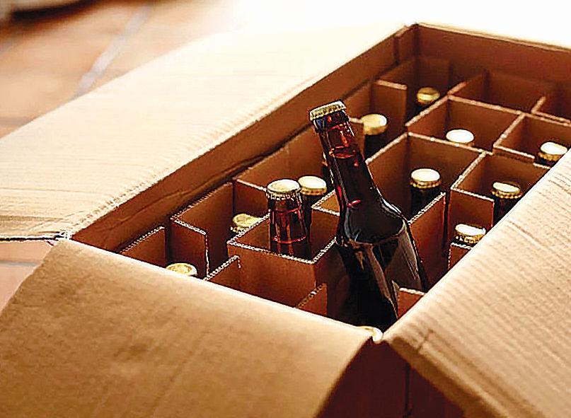 Illicit liquor seized, 4 held