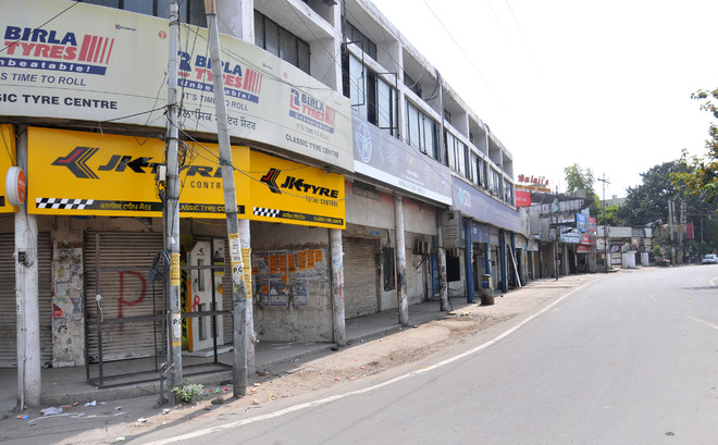 Frequent changes in lockdown norms confuse Jalandhar residents, officials