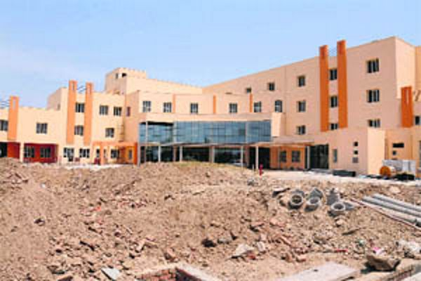 AAP fumes as cancer hospital made Covid centre