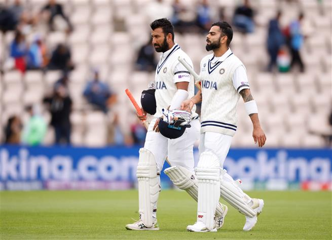 Bad light stops play as India reach 134 for 3 on Day 2