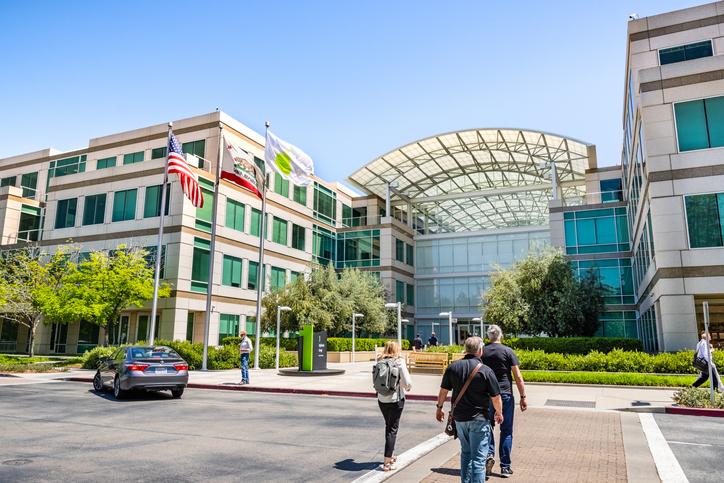Apple employees seek flexible approach for return to office -  TantalumForce.com