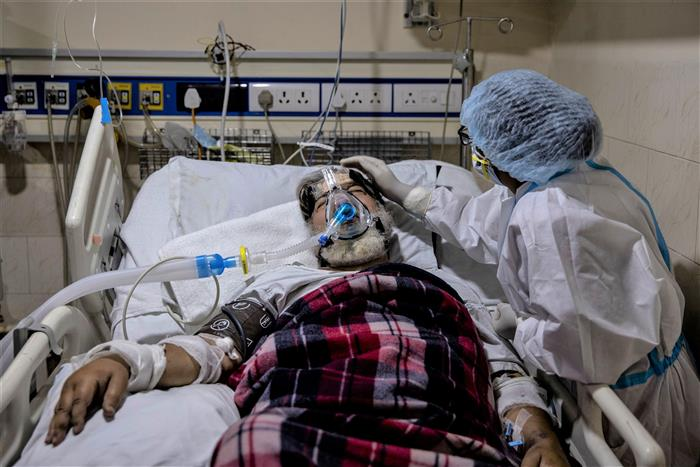 Record 6,148 Covid deaths in India in 24 hours, 94,052 new cases