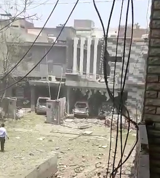 Powerful car bomb blast outside Mumbai attack mastermind Hafiz Saeed's house kills 3 in Lahore