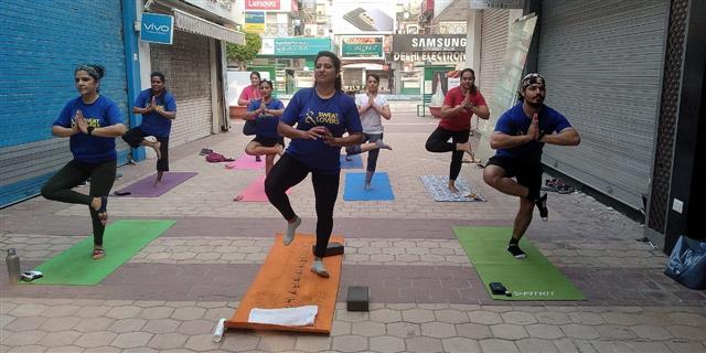 Gurugram residents mark Yoga Day