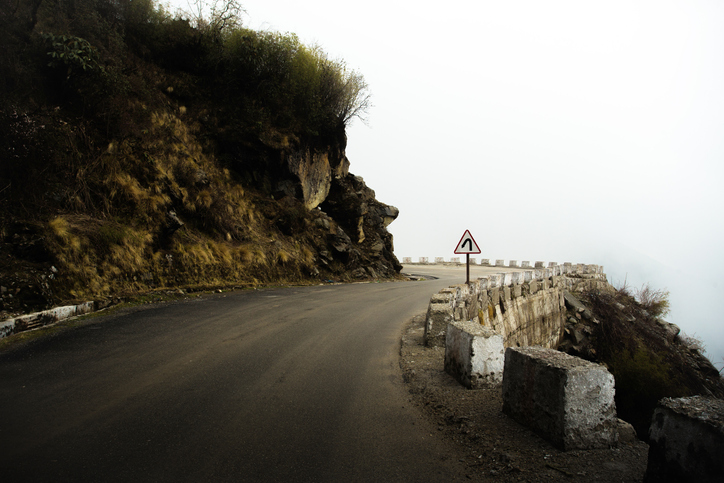 5 killed, 1 injured as vehicle plunges into gorge in J-K's Ramban