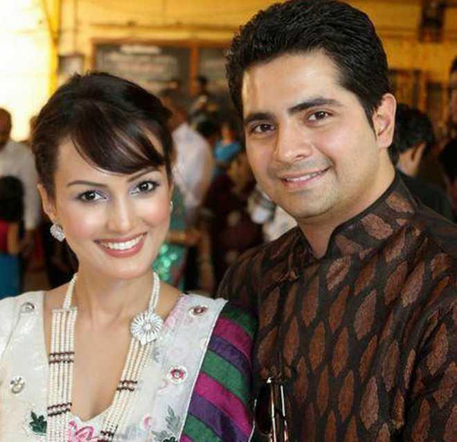 Yeh Rishta Kya Kehlata Hai' actor Karan Mehra arrested for 'beating up'  wife Nisha Rawal