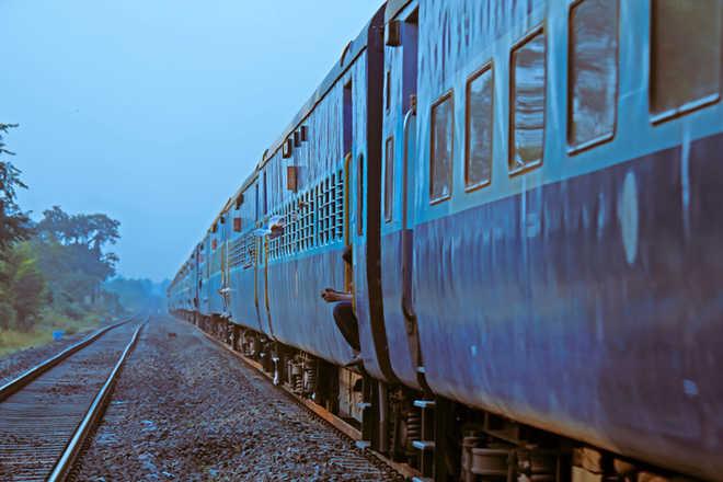 Decision on allowing public on Mumbai local trains next week, says Mayor