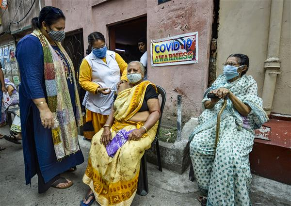 Govt caps cost of Covid vaccines in private hospitals