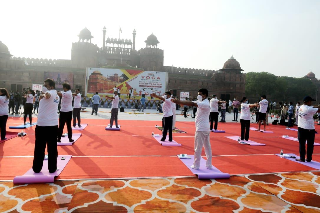 In pictures: India celebrates 7th International Day of Yoga; President, Union ministers perform yoga