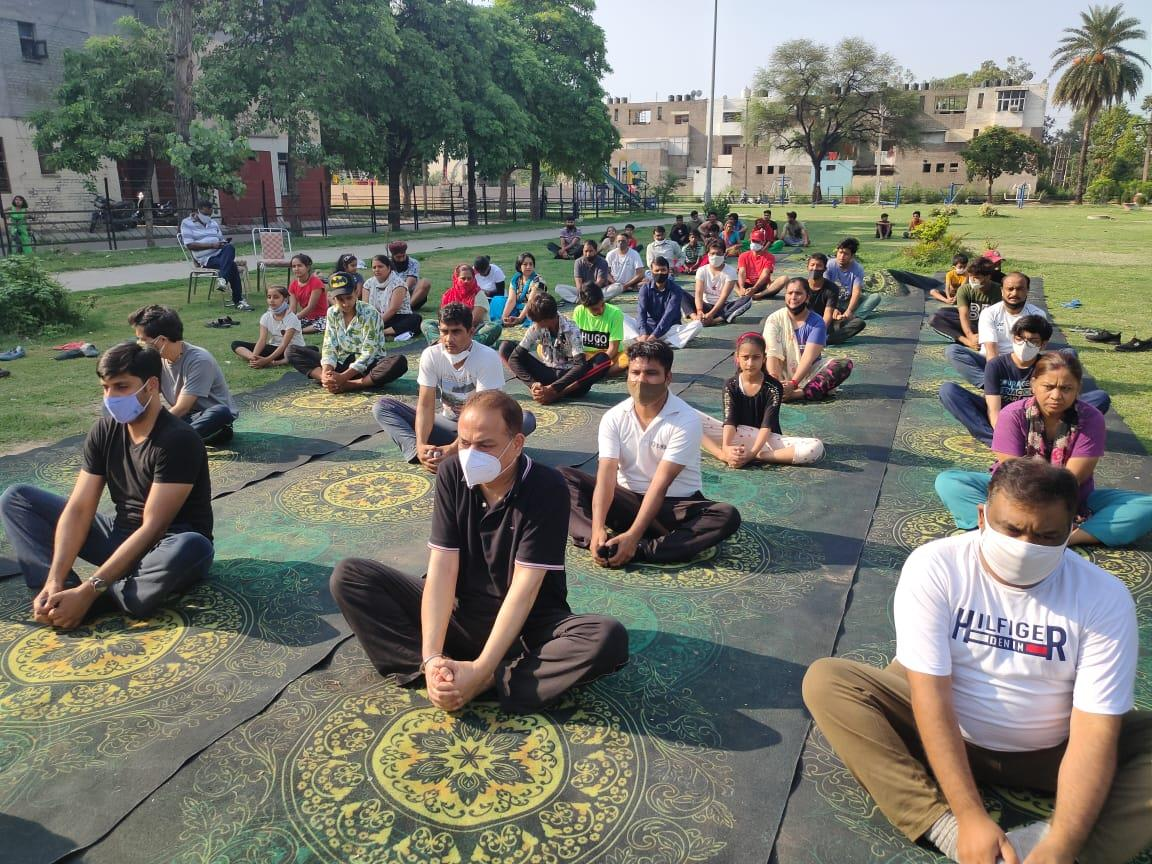 In pictures: Chandigarh, Mohali residents mark Yoga Day