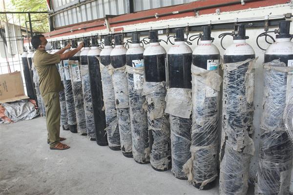 Oxygen storage capacity ramped up in Delhi