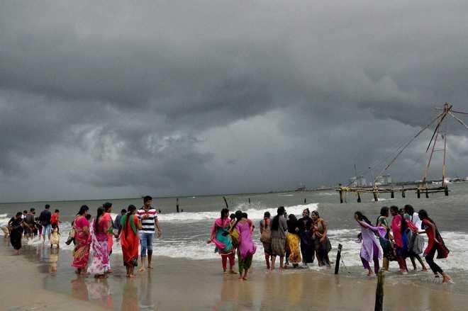 Coastal areas in Kerala will witness increasing sea surge in coming years: Experts