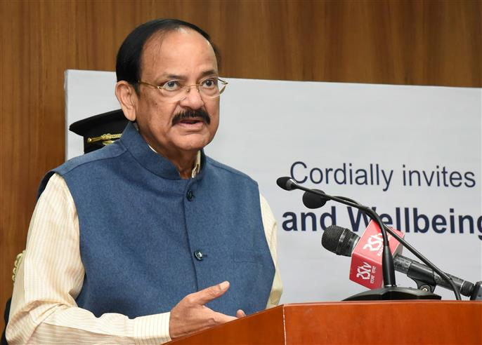 Twitter removes blue badge from Vice-President Venkaiah Naidu's personal account, restores later