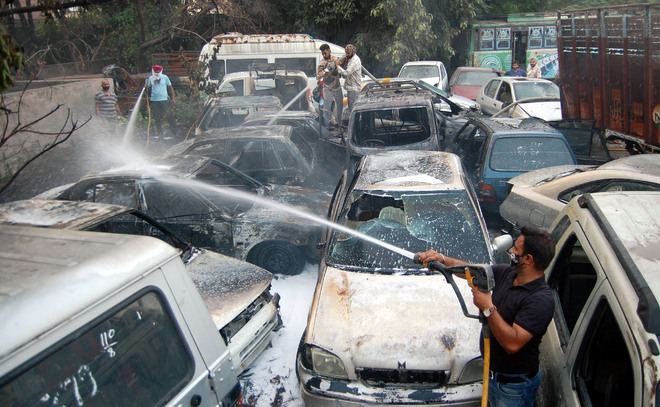 7 impounded vehicles gutted in Amritsar