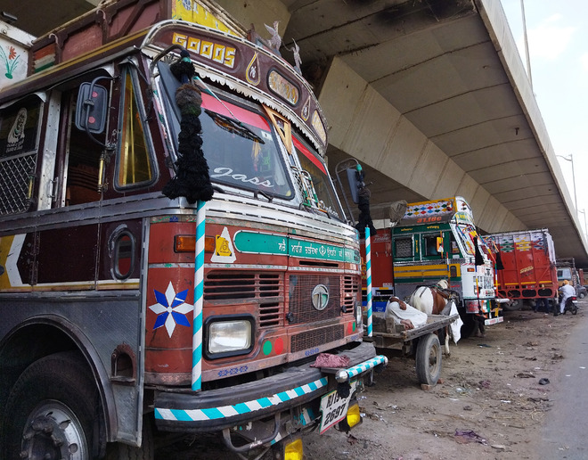 Transporters withdraw 40% vehicles from active operations
