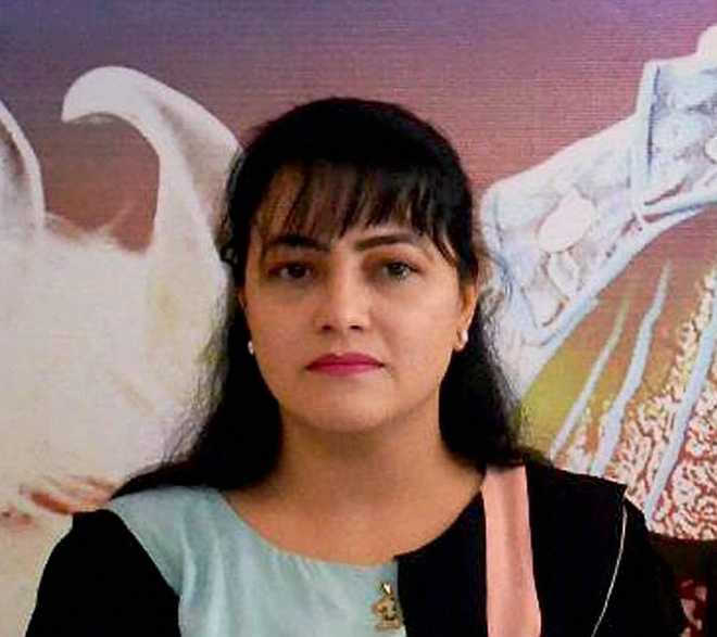 Honeypreet's ex-husband, father-in-law get threat call