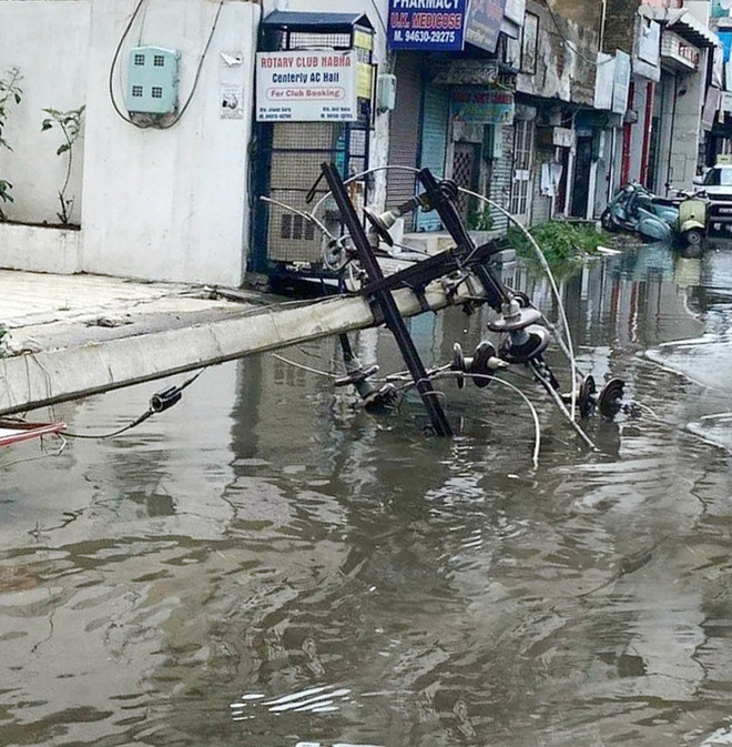 Thunderstorm adds to electricity woes of Punjab residents