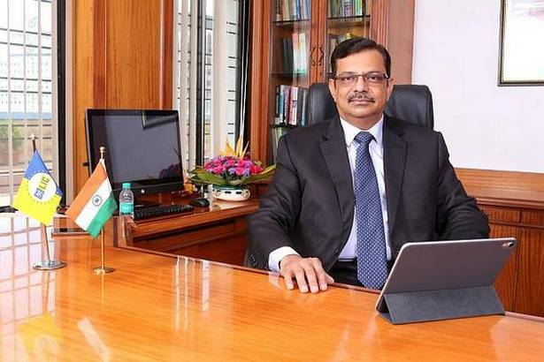 LIC chairman gets extension