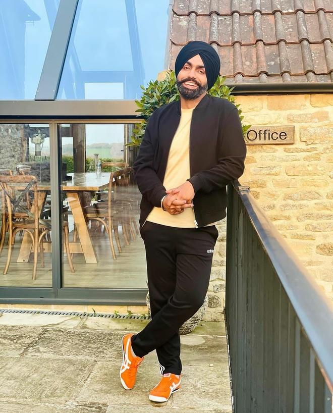 Ammy Virk releases his new Punjabi single Kade Kade