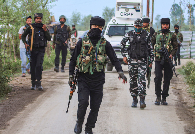 Top LeT commander among 3 ultras killed in Sopore