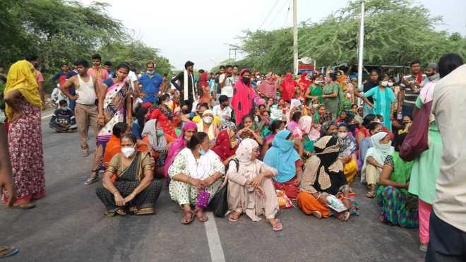 Aravalli forestland encroachment: Faridabad's Khori Gaon Basti residents protest demolition