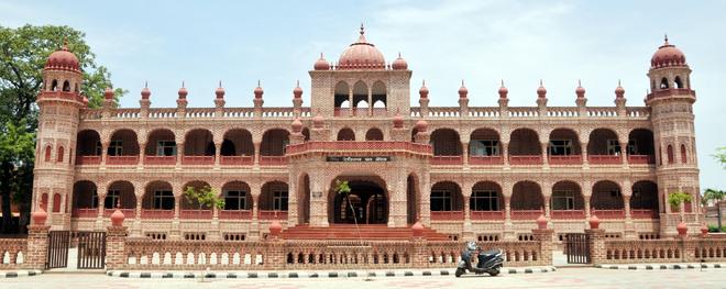Amritsar libraries preserving a treasure trove of books
