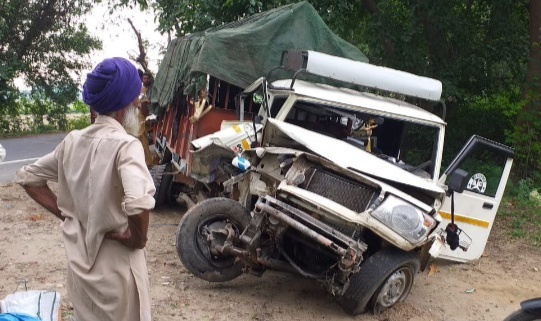 11 labourers hurt  as jeep overturns